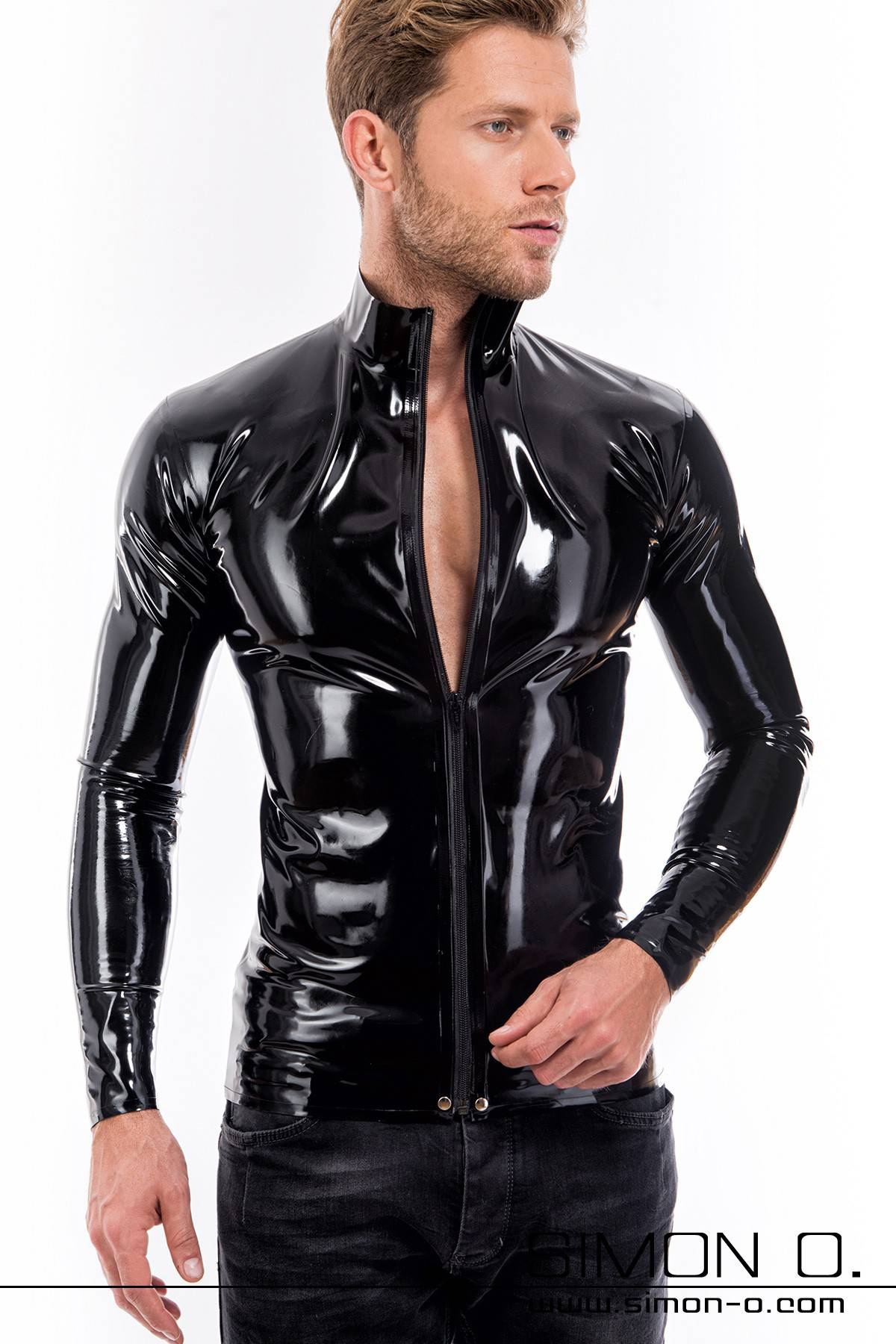 Men's latex shirt with dividable zipper Long-sleeved latex shirt with a dividable zipper and a stand-up collar. This plain yet beautifully handcrafted …
