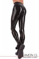 Vorschau: Detailfoto hautenge Latex Hose für Herren von hinten gesehen.