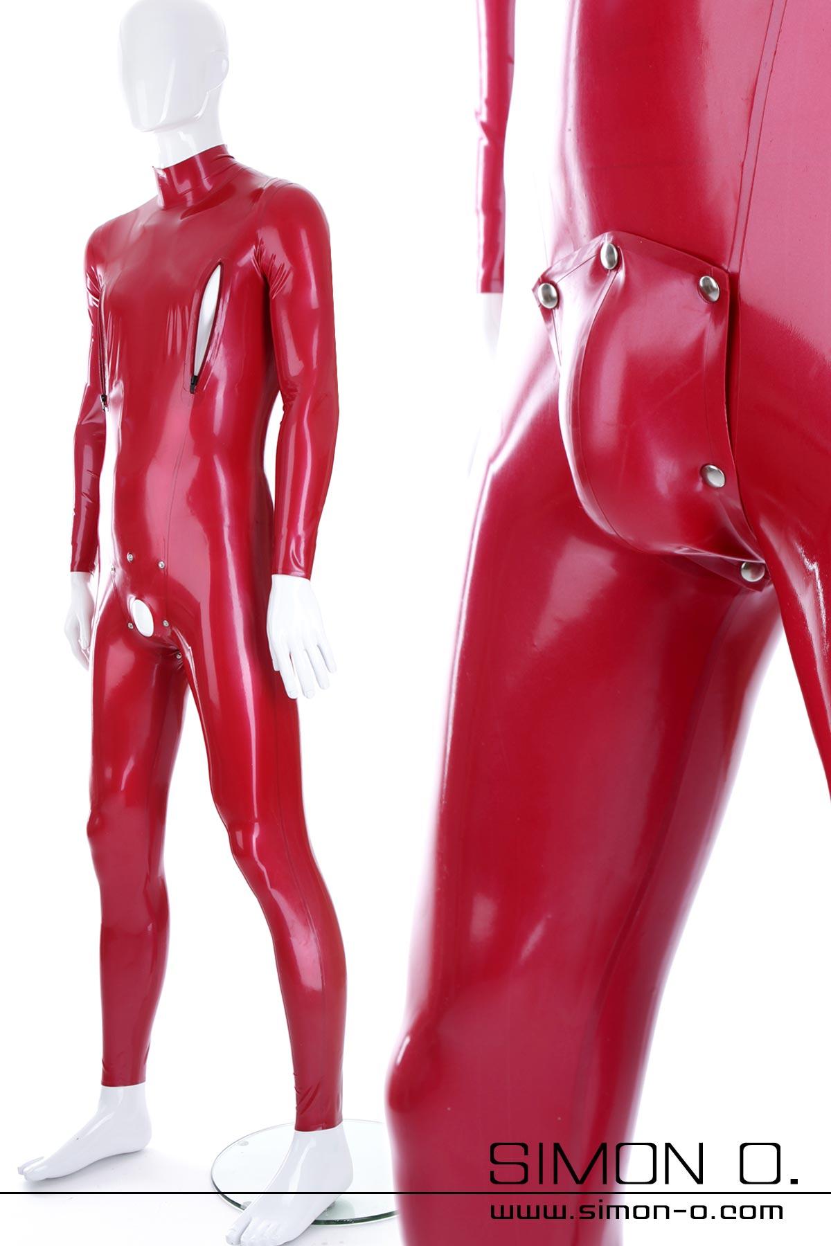 Roter glänzender Latex Anzug mit abnehmbaren Codpiece von vorne gesehen