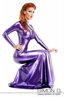 Vorschau: Figurbetontes Latexkleid in Violett mit Stehkragen unten weit ausgestellt und mit langen Ärmeln