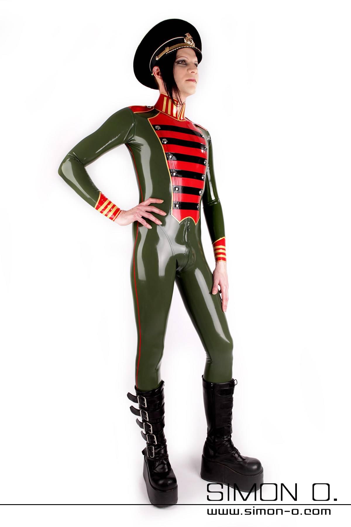 Latex Overall für Herren in Uniform Stil in Olive Grün mit Schwarzen roten und goldenen Applikationen