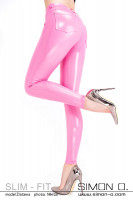 Vorschau: Enge glänzende Röhren Jeans aus Latex in Pink
