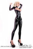 Vorschau: Erotischer sexy Wet Look Anzug in Schwarz mit einem Streifen in Kontrastfarbe Pink seitlich