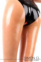 Vorschau: Latex Leggings mit Vaginal Ring Diese Variante der Latex Leggings ist mit unserem neuen Fußsteg ausgestattet. Der Steg ohne Quernaht verlängert optisch Ihre …