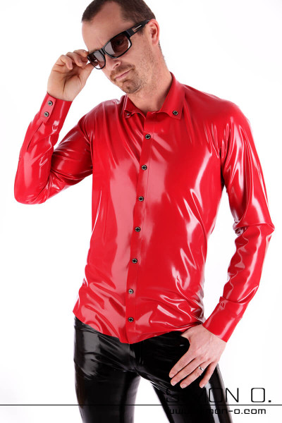 A man with sunglasses wears a red shiny Slim Fit Latex Men Shirt with button facing and lapel collar