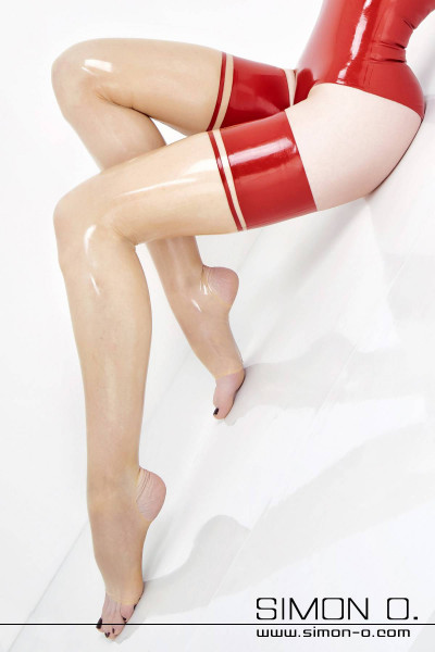 Latex thigh high stockings with stirrup Many ladies and gentlemen do not always like to have the foot part on their latex stockings. In such cases, when latex …
