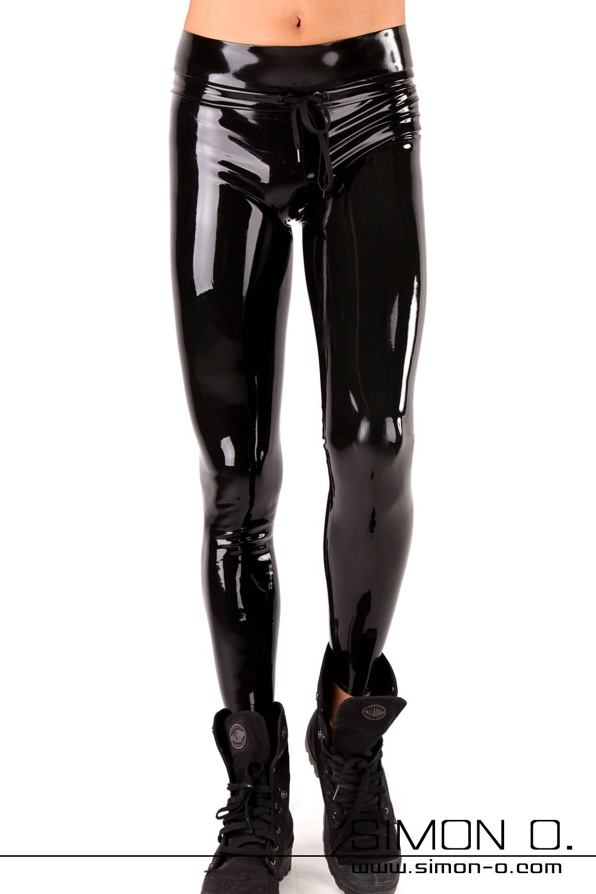 Black shiny training pants made of skintight shiny latex