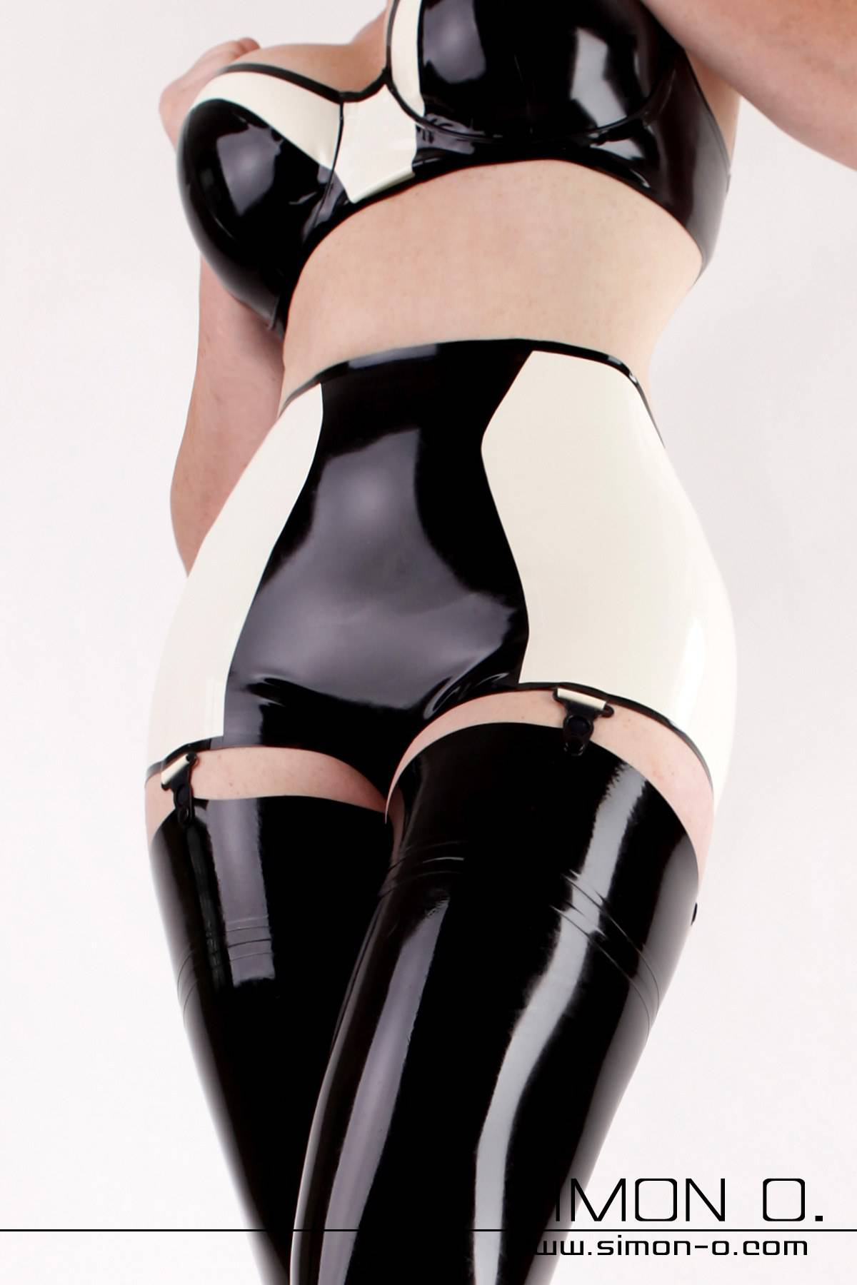 Black and white latex panties with high waist and 4 suspenders.