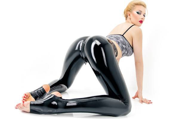 Black shiny latex leggings with zipper at crotch