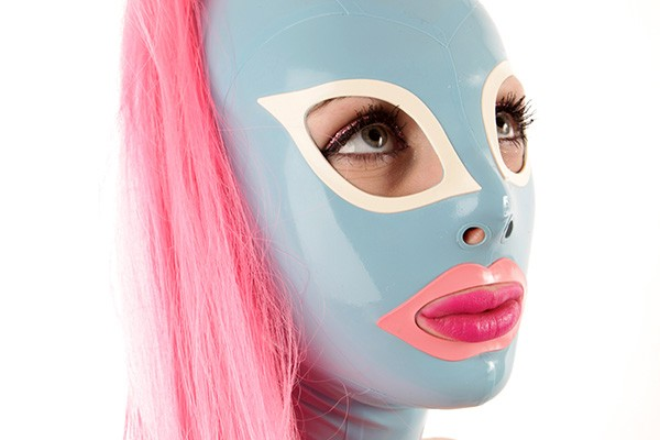Latex hood with cat eyes and a hairpiece in rose