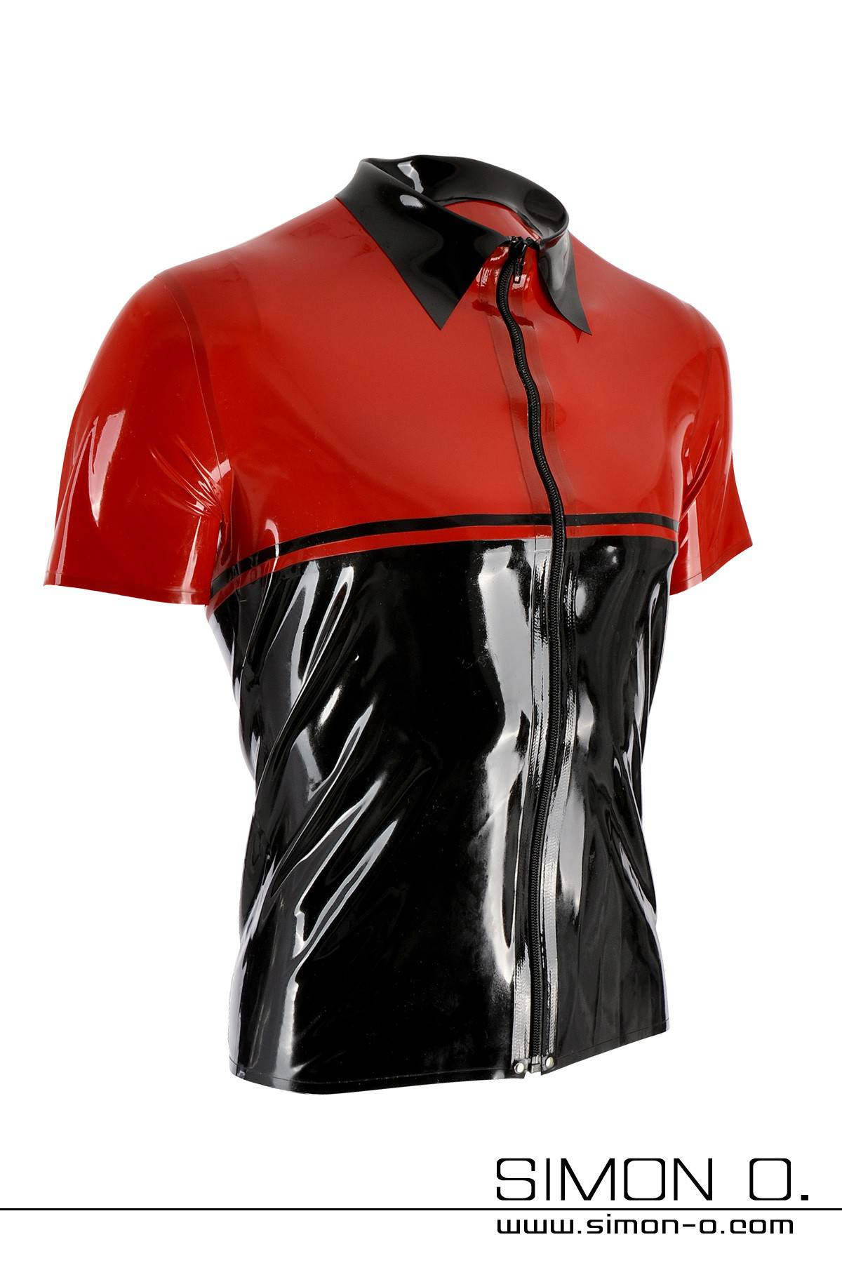Latex shirt with lapel collar in the color black with red and divisible black zipper in front