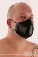 Preview: Mouth and nose protection - reversible mask - wearable on both sides This stylish mouth and nose protector finds its stable shape of a bowl by using very …