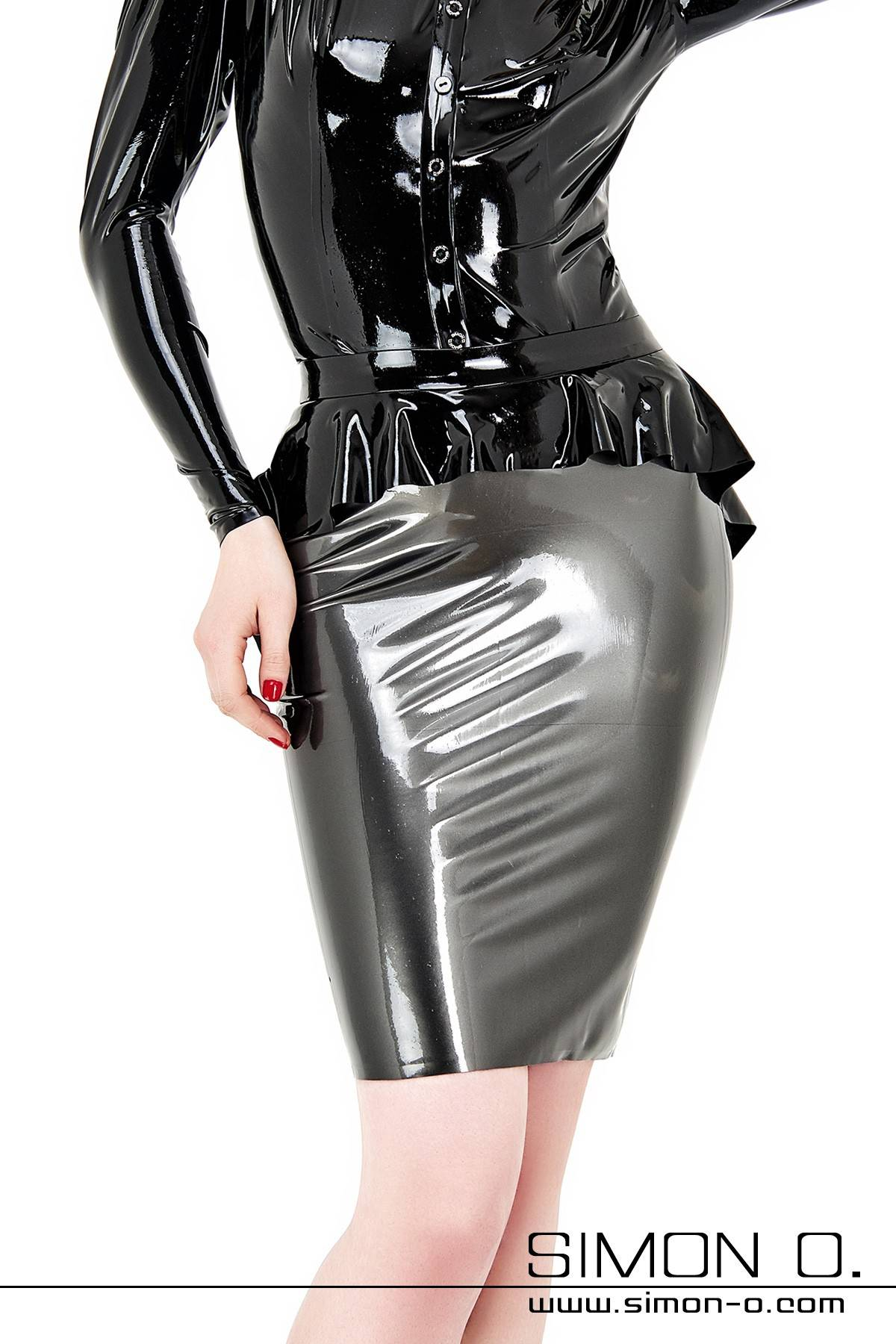 An exquisite figure-hugging latex skirt which reaches down to the knees. Strictly speaking the latex pencil skirt consists of two different skirts - the …