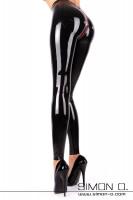 Vorschau: Schlanke Beine und knackiger Hintern in hautengen Glanz Leggings aus Latex mit einem roten Zipp im Schritt