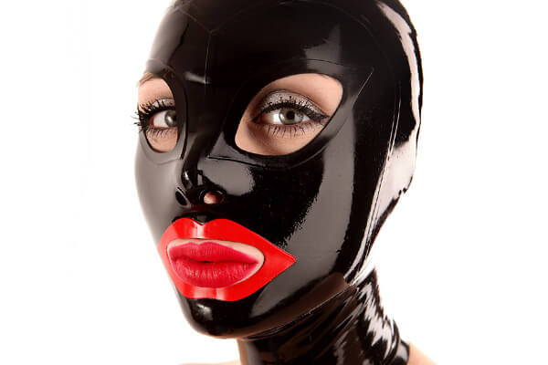Shiny latex hood in black with mouth in red