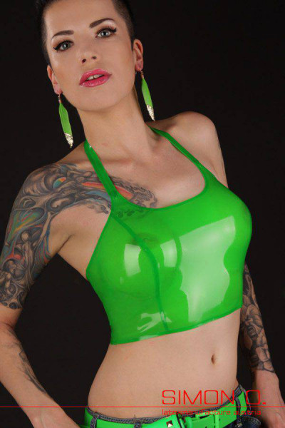 Short latex top with reinforced halter neck line made of fine latex. All edges are outlined and reinforced. This simple latex top can be combined well with …