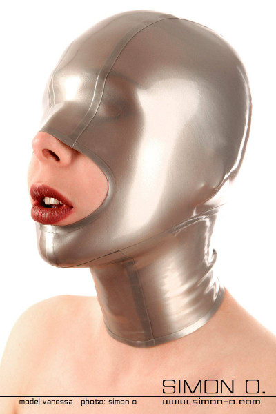 Latex mask with generous mouth opening With the closed eyes of this latex mask you experience every touch more intensely. Experience the intensified sensation …