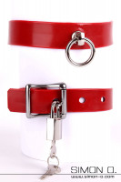 Preview: Red latex collar with a silver O-ring including lockable miniature padlock