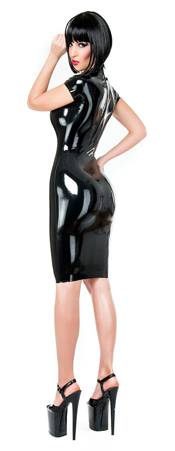 Shoulder free latex dress in black knee length with zipper