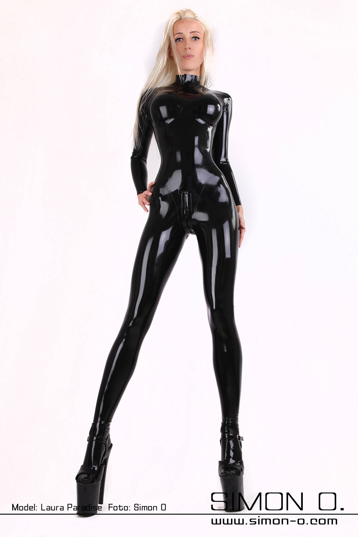 Latex catsuit with anatomically shaped breast cups Sexy latex catsuit with built in anatomically shaped breast cups. The cups in this latex catsuit are …