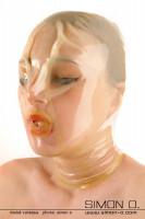 Vorschau: Atemtrainingsmaske aus hauchdünnem Latex Ohne Zipp einseitig chloriert einfach zum Überziehen. Die perfekte Positionierung der Öffnung für das Atmen …