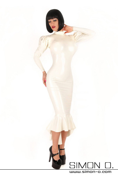 Long latex dress in white with big Godet and long puffy sleeves