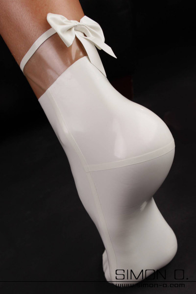 Latex socks with transparent areas and bow detail in the back. The inset areas are always transparent. By using the colour selection you pick the colour of …